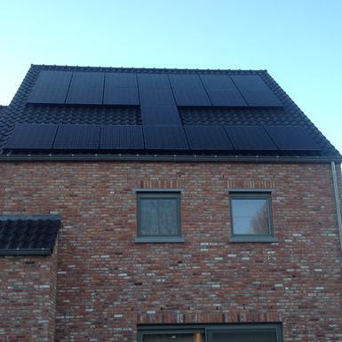 6.050Wp - panelen Solarwatt te As