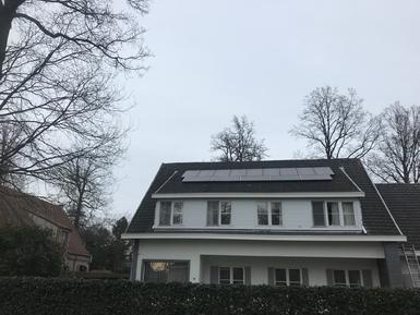 4.060Wp - panelen Solarwatt Full Black