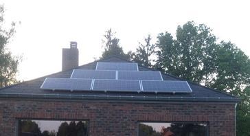 15 panelen axitec 265 wp solar edge te heusden zolder