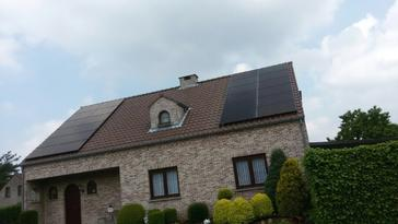 24 panelen axitec 270 wp full black te diepenbeek