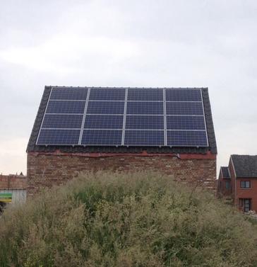 16 panelen axitec 265 wp met solar edge te lanaken