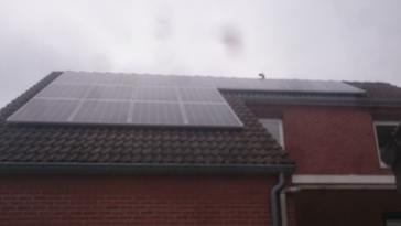 16 panelen axitec 265 wp met solar edge te kortessem