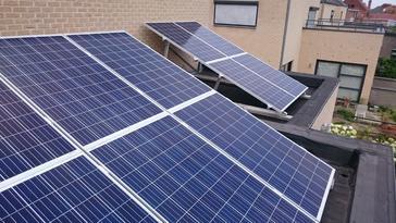 24 panelen axitec 265 wp met solar edge te maaseik