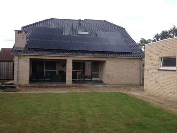 26 panelen axitec 270 wp full black met solar edge te hamont