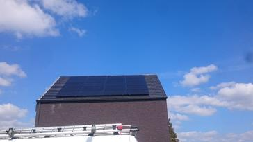 20 panelen axitec 270 wp full black te tongeren