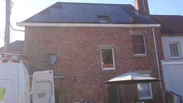 20 panelen axitec 270 wp full black te Sint-Genesius-Rode