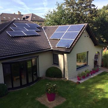 11 panelen axitec 265 wp met solar edge te tervuren