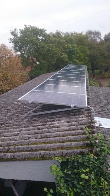 12 panelen axitec 265 wp met solar edge te lanaken