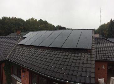 15 panelen axitec 270 wp met solar edge te peer