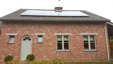 14 panelen axitec 265 wp met solar edge te heusden-zolder