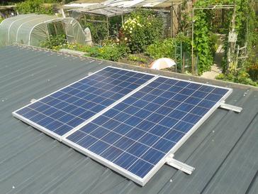 2 zonnepanelen 250 Wp