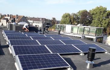 Het nieuwe project 'Park Belisia', gelegen te Bilzen, deed een beroep op de kennis van G&D Energy voor de installatie van 116 panelen AXITEC 265 WP. Hierdoor werden 40 appartementen voorzien van groene energie.