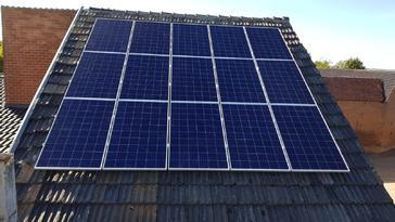 30 panelen VIESSMANN 275 WP Oost-West te Borgloon