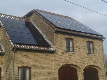 28 zonnepanelen 260 Wp full Black te Veldwezelt