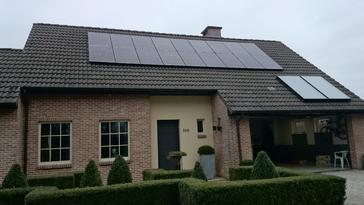 18 PV panelen 260 Wp te Schriek