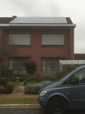16 BenQ panelen 327 Wp te Landen - Vlaams Brabant
