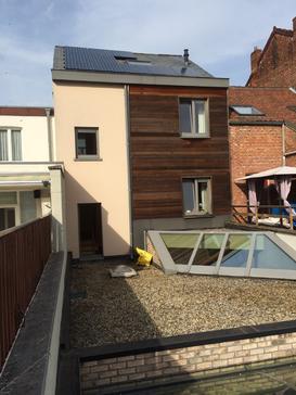 10 panelen Sunpower 327 Wp te Hasselt centrum