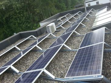 37 panelen AXITEC 265 Wp met SolarEdge