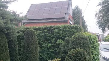 18 panelen AXITEC 270 Wp met SolarEdge optimizers