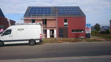 18 panelen Viessmann 255 Wp te Kessel-Lo