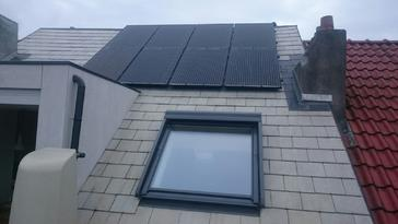 8 panelen AXITEC 270 Wp met SolarEdge optimizers te Schaarbeek