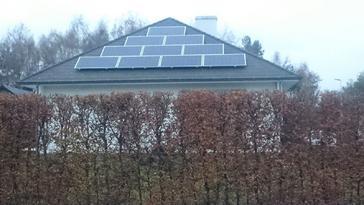 18 panelen AXITEC 260 Wp te Houthalen-Helchteren