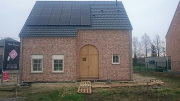 16 panelen Viessmann 275 Wp te Begijnendijk