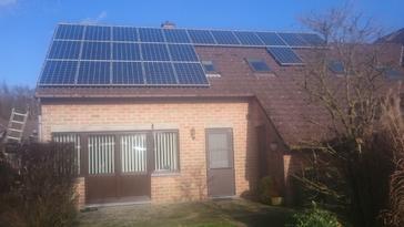22 panelen AXITEC 265 Wp met SolarEdge te Diepenbeek