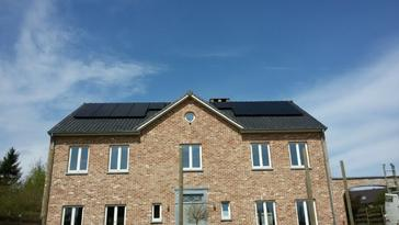 18 panelen axitec 270 wp full black te tongeren