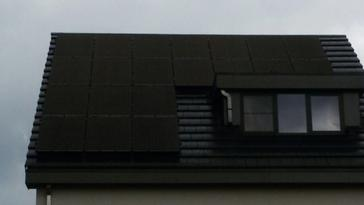 20 panelen axitec 270 wp full black te hasselt