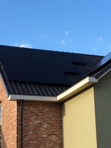 48 panelen axitec  270 wp full black te lanaken