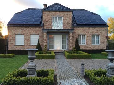 22 panelen sunpower 345 wp solar edge te herk-de-stad