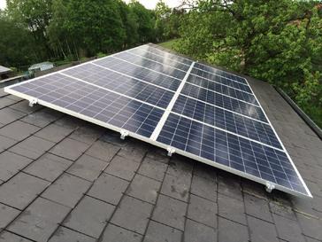 39 panelen axitec 265 wp solar edge te diepenbeek