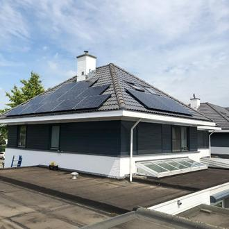 Sunpower Zonnepanelen Maxeon2 360W met Solaredge Omvormer en optimizers