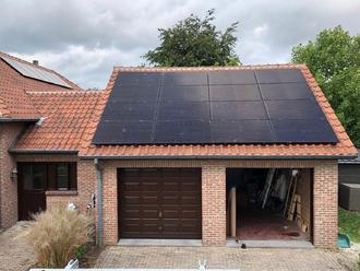 Soluxtec Zonnepanelen Das Modul 300 WP Mono Full Black en SMA Omvormer in Overpelt