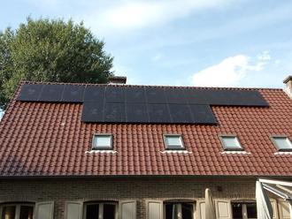 Soluxtec Das Modul zonnepanelen 300WP Mono Full Black in Dilsen Stokkem